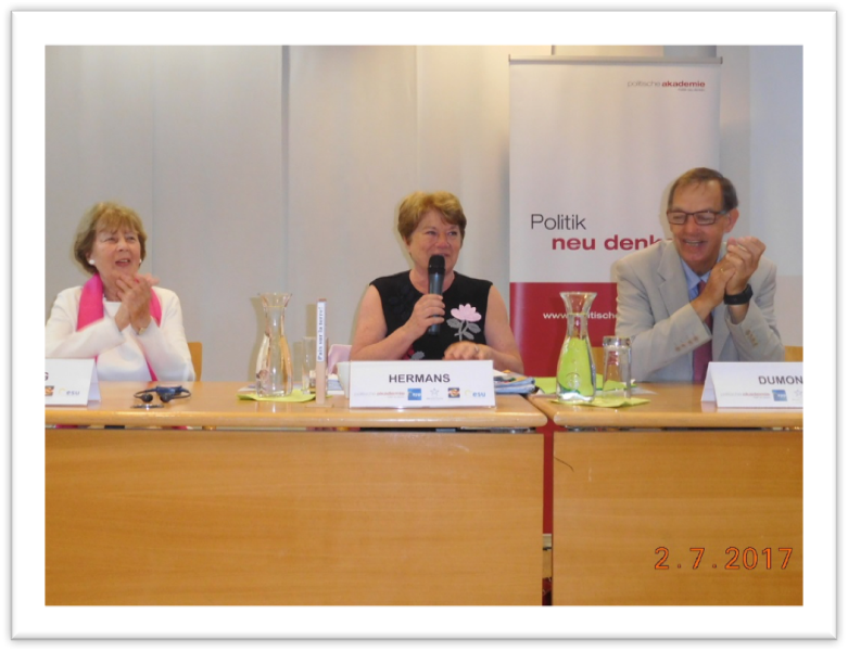 Prof. An Hermans (centre), Dr. Marilies Flemming and Secretary General Guido Dumon